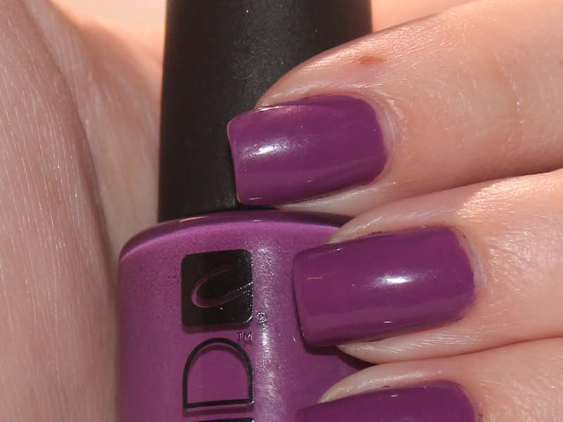 CND – Creative Nail Designs Nail Lacquer and SolarOil Reviews and Swatches