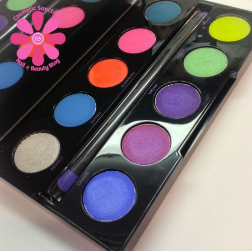 Urban Decay Electric Pressed Pigment Palette Swatches & Review