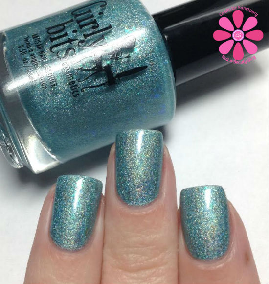 Girly Bits From Far and Wide & Islands In The Sun Swatches & Review